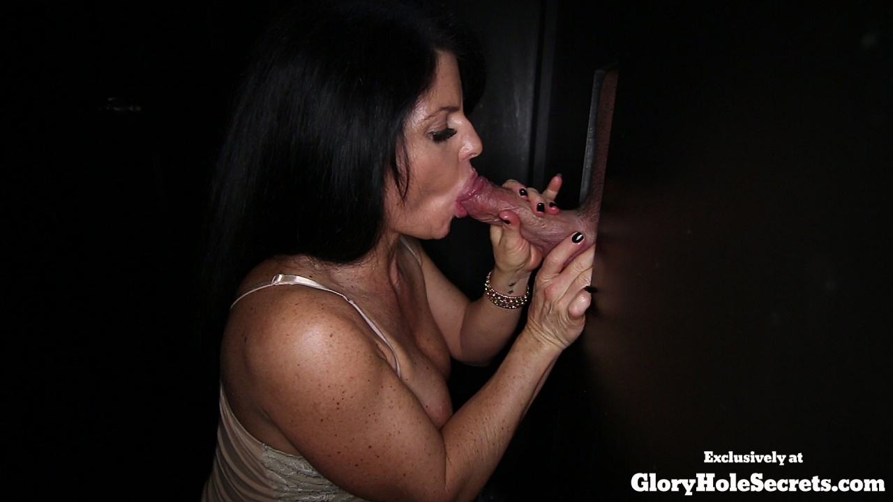 Gloryhole secrets shelby giving blowjobs to strangers